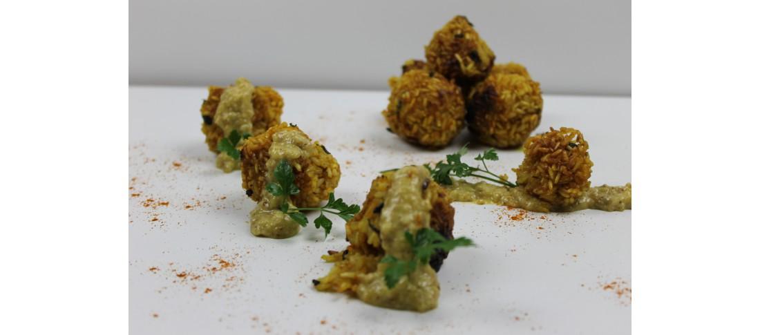 frittierte Reisbällchen mit Mandel-Aioli