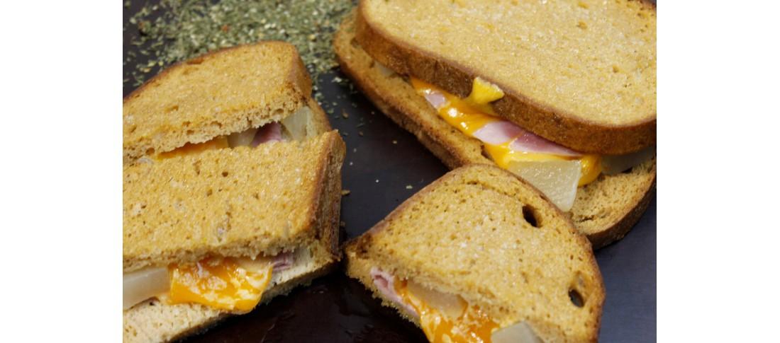 Käsesandwich Kubanische Art