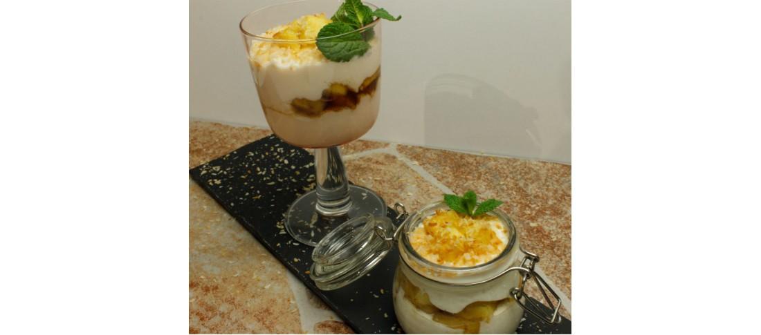 südländisches Joghurt-Ananas-Dessert
